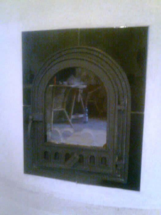 falközi falazott kályha ajtó.jpg