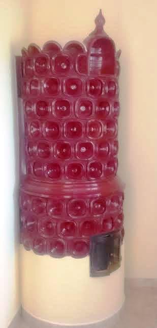 iparművész kályha vörös szemes csempével.jpg